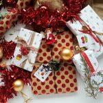6 tips om je kerstcadeaus mooi in te pakken (met gratis printable!)