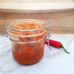 Zelfgemaakte hete saus / sambal